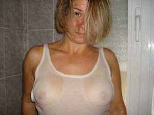 Raffaelle adult dating in Clarksburg, WV